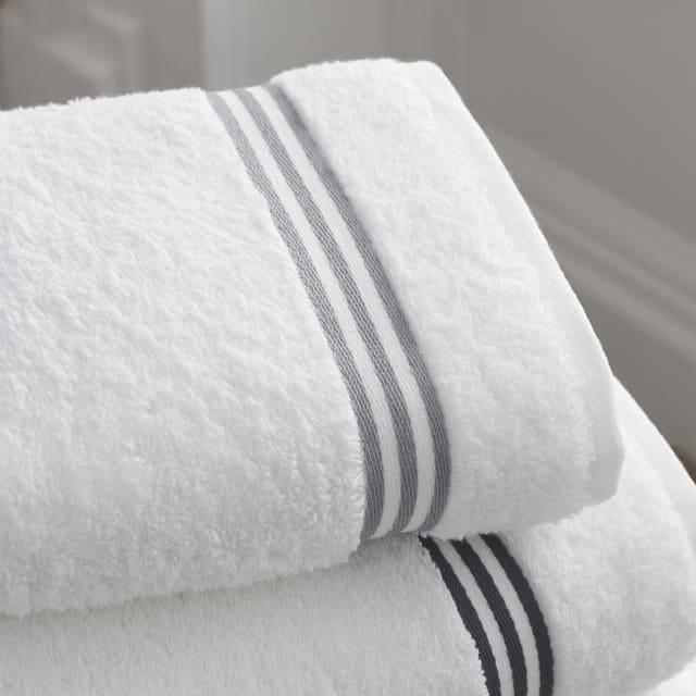 holiday bath towels